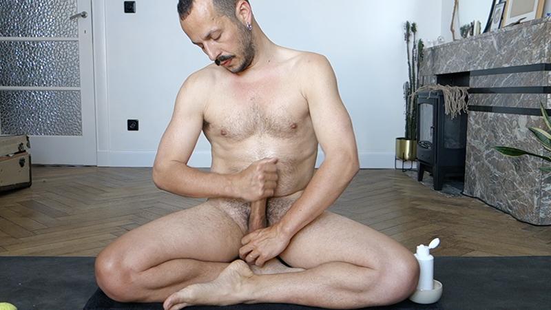 Lingam Power yoga session